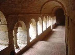Abbaye-du-THORONET-2