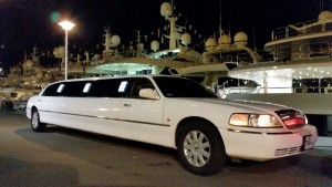 Limo blanche Royal Road Limousine.3